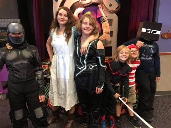 #Chucktober #Halloween #ChuckECheeses #familyfun #ad