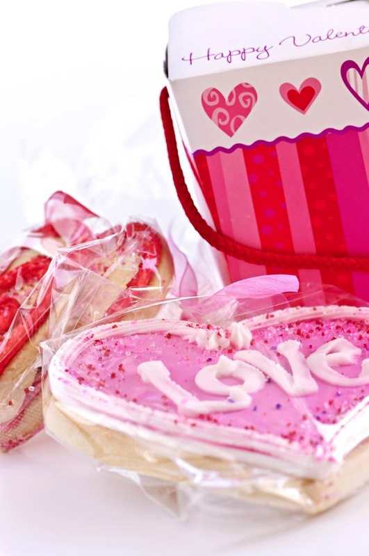 Valentine's Day gift #ValentinesDay #cookies #candy #gifts #ad