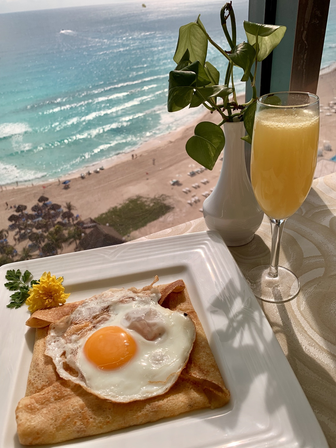Paris Crepes at Seadust Cancun Family Resort