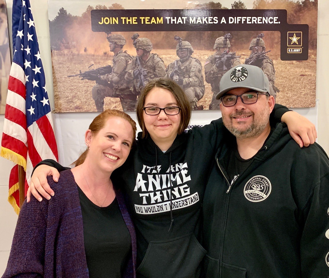Army Mom, Dad, Daughter