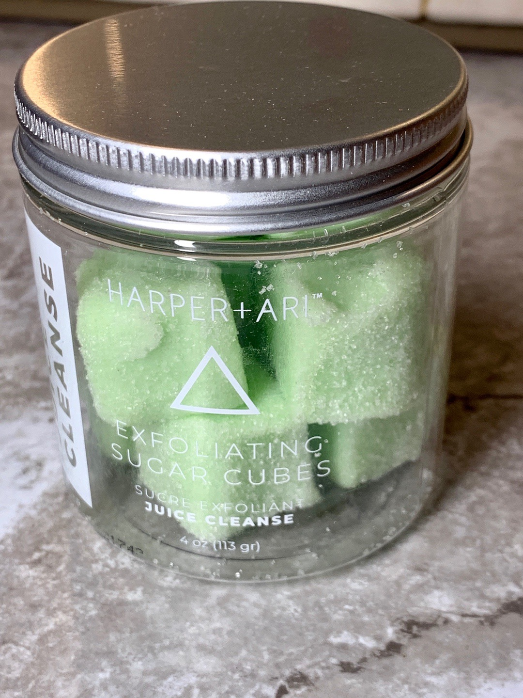 FabFitFun Fall 2019 - Harper + ARI Exfoliating Sugar Cubes in Juice Cleanse