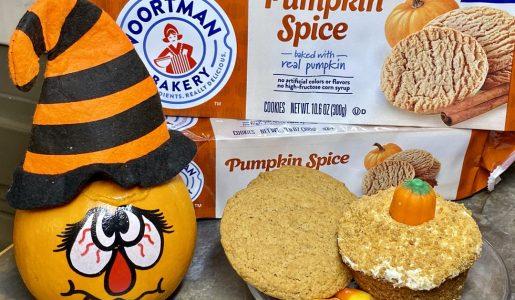 Pumpkin Spice Crumble Cupcakes with Voortman Bakery