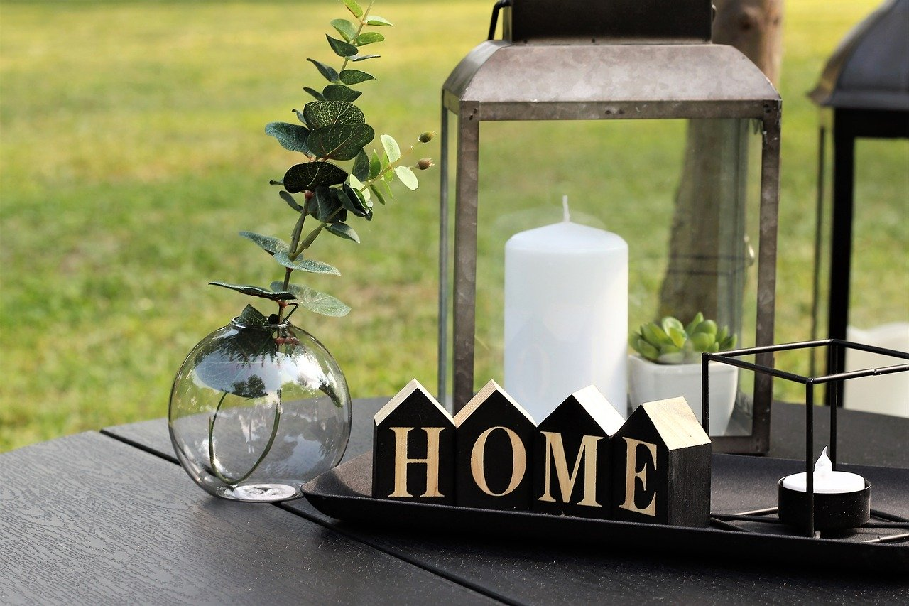 Summer Home Outdoor Decor