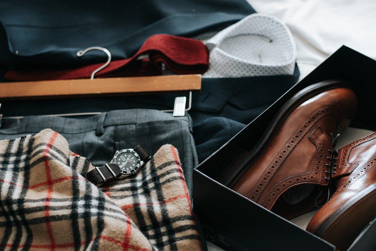 men's fashion suitcase shoes watch