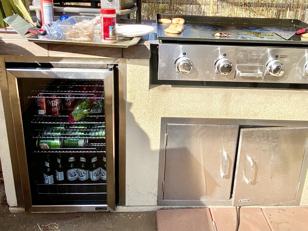 NewAir 126 Can Freestanding Beverage Fridge in Stainless Steel