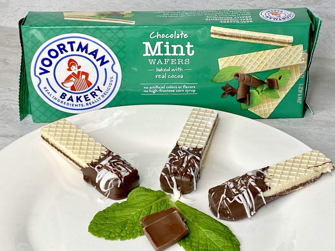 Chocolate Dipped Wafers with Voortman Bakery