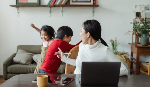 5 Things that Can Make It Difficult for Moms to Take Care of Their Kids